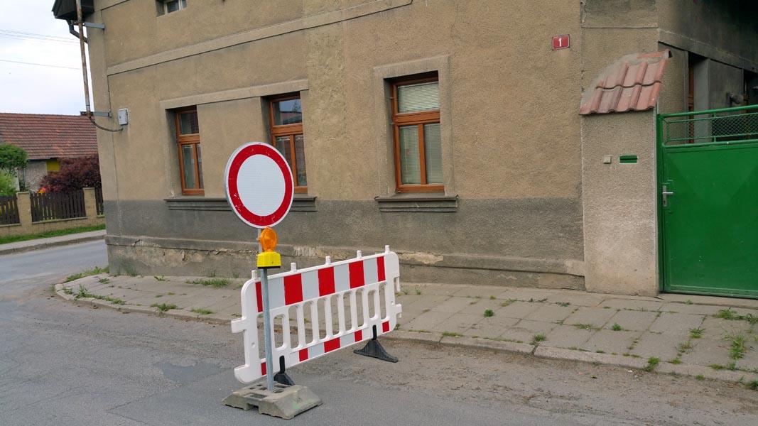 Dočasné dopravní značky 06