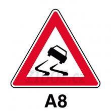 A08 - Nebezpečí smyku
