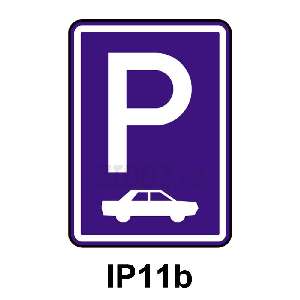 IP11b - Parkoviště (kolmé nebo šikmé)