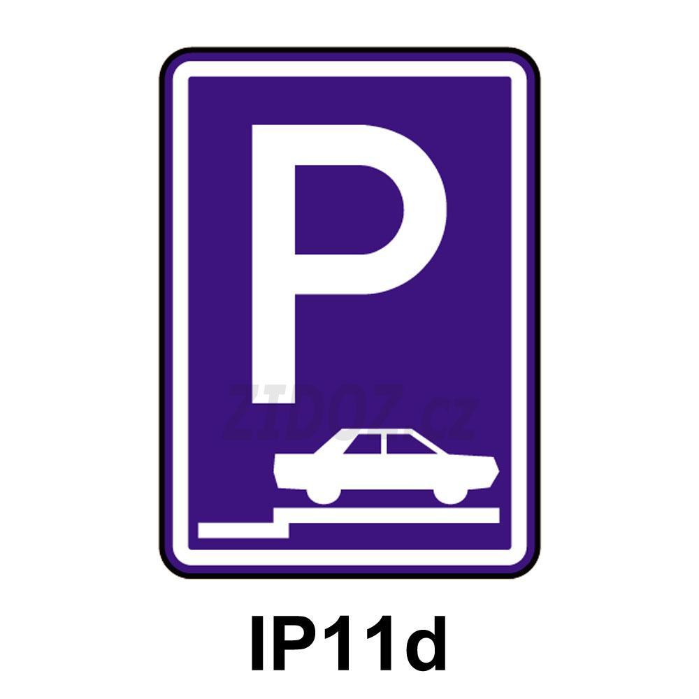 IP11d - Parkoviště (stání na chodníku kolmé nebo šikmé)